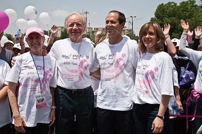 US Senator Joe Lieberman, wife and Komen consultant, Hadassah Lieberman, Jerusalem Mayor Nir Barkat and wife Beverly start and lead 2nd annual Komen Israel Race for the Cure. Jerusalem, Israel. 3-May-2012.